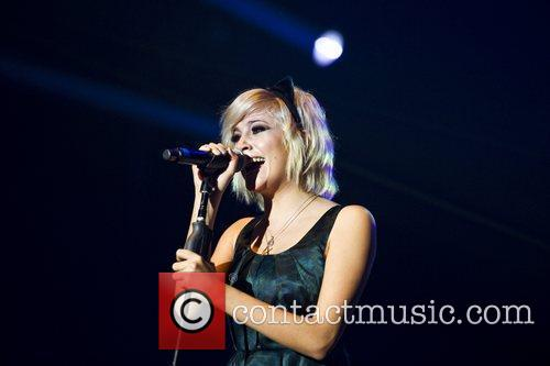 Pixie Lott and Wembley Arena 11