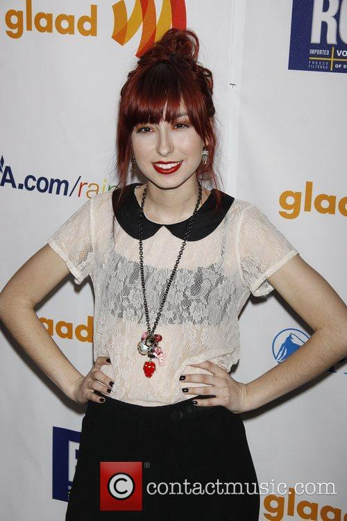 Liz Lee Photos Photos - 2011 MTV Movie Awards - Arrivals