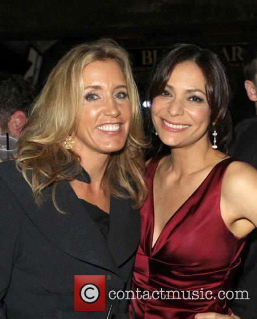 Felicity Huffman and Constance Marie 6