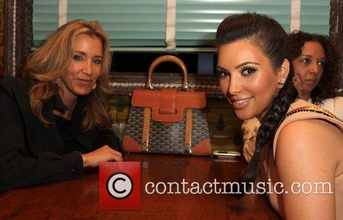 Felicity Huffman and Kim Kardashian 1