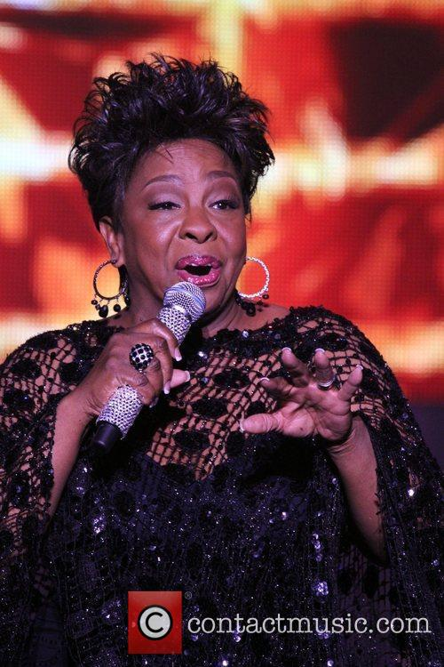 Gladys Knight: A Mic and a Light at...
