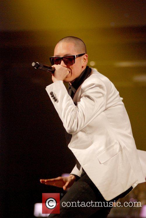 Far East Movement 4