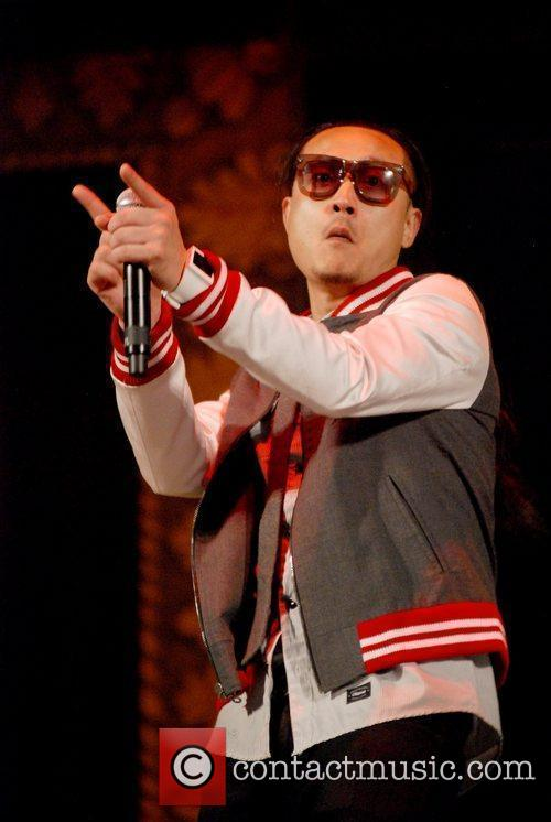 Far East Movement 5