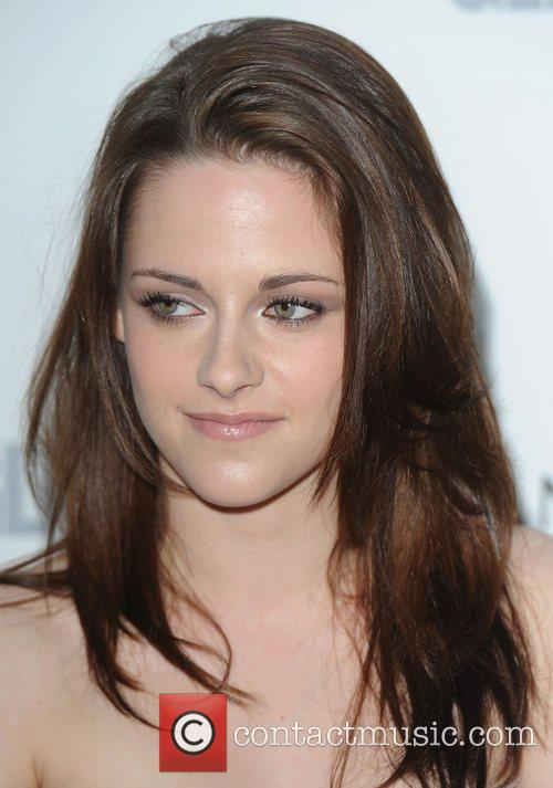 Kristen Stewart and Glamour Women Of The Year Awards 4
