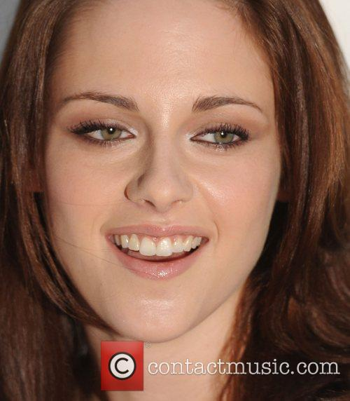 Kristen Stewart and Glamour Women Of The Year Awards 5