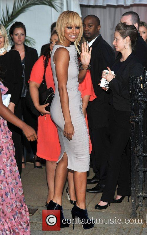 Keri Hilson and Berkeley Square Gardens 4