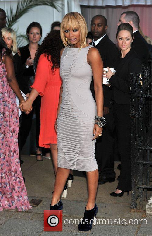 Keri Hilson and Berkeley Square Gardens 1