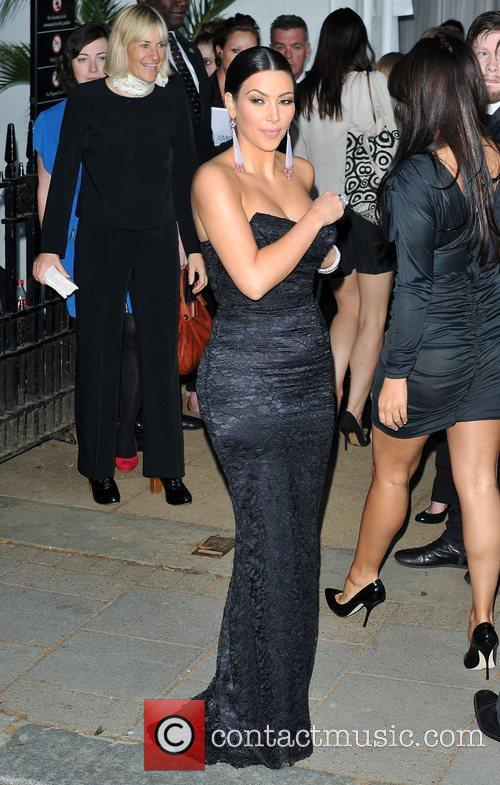 Kim Kardashian and Berkeley Square Gardens 7