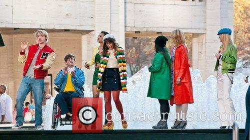 Kevin Mchale, Dianna Agron, Heather Morris and Lea Michele 2