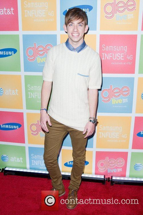 Kevin McHale The Glee Live Tour 2011 Samsung...