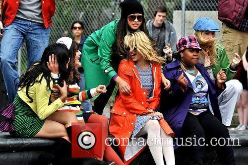 Naya Rivera, Amber Riley, Dianna Agron, Heather Morris and Lea Michele 8