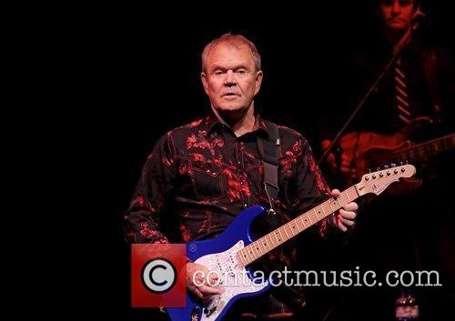 glen campbell performing his good times the 3575976