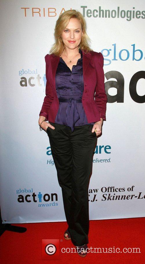 Elaine Hendrix 2