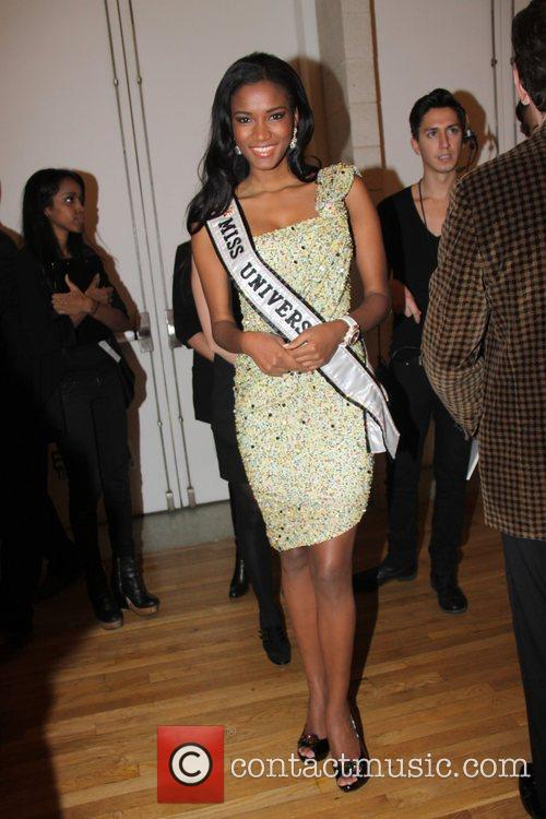 Leila Lopes GMHC's Fashion Forward 2011 at the...