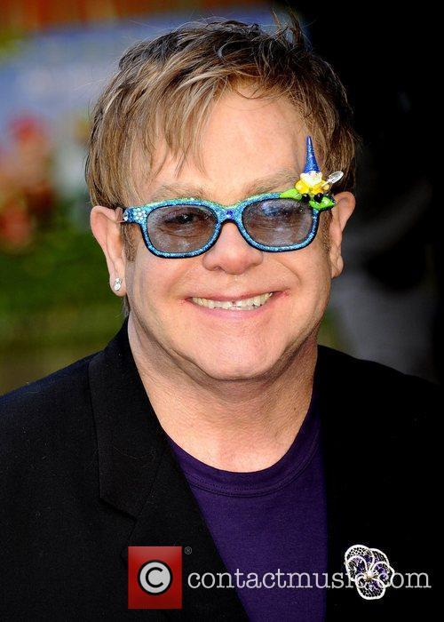 Elton John Gnomeo And Juliet in 3D UK...