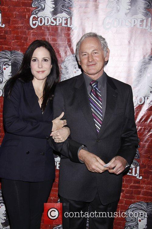 Mary-louise Parker and Victor Garber 3