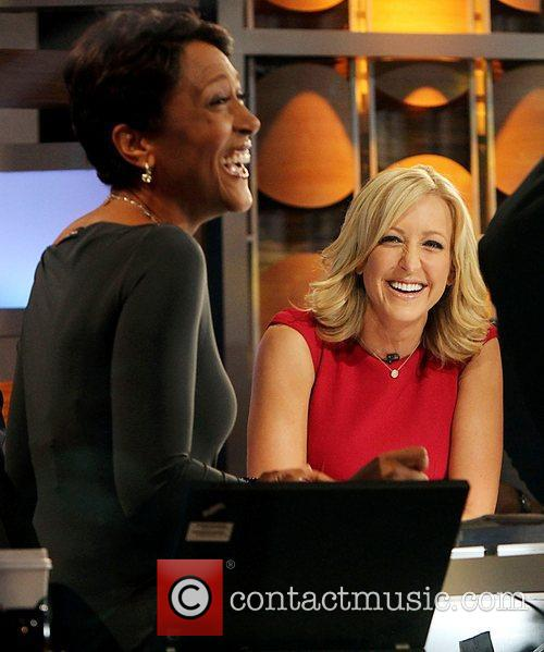 Robin Roberts and Lara Spencer 9