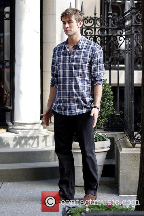 Chace Crawford shooting 'Gossip Girl' in Manhattan New...
