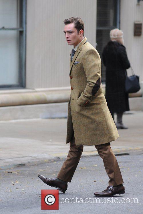On the set of ' Gossip Girl '...