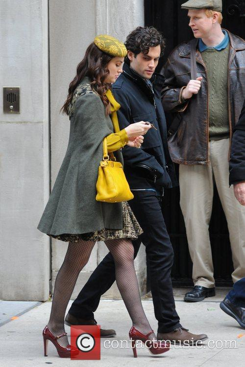 Leighton Meester and Penn Badgley 5