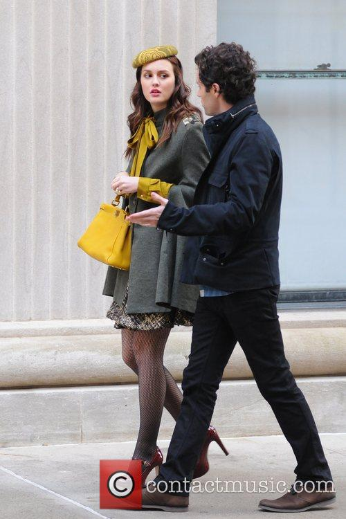 Leighton Meester and Penn Badgley 4