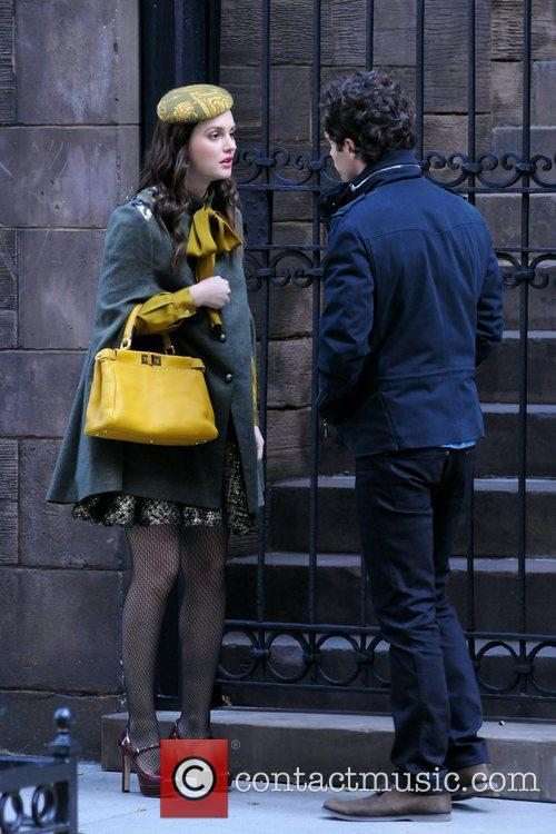 Leighton Meester and Penn Badgley 10