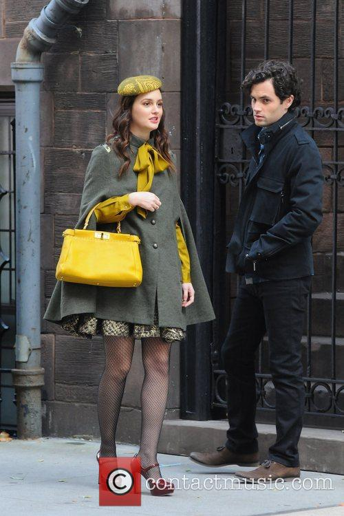 Leighton Meester and Penn Badgley 8