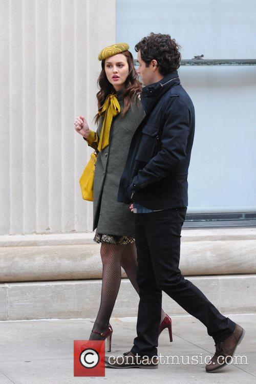 Leighton Meester and Penn Badgley 6
