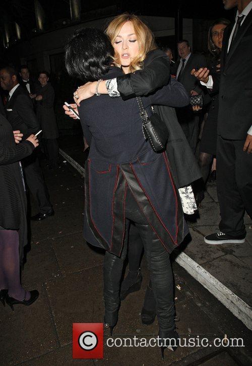 Sharleen Spiteri and Fearne Cotton hug each other...