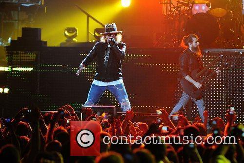 Axl Rose and Guns N Roses 14