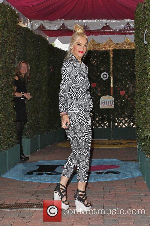 Gwen Stefani 19