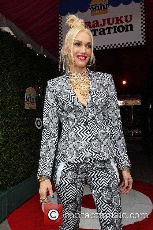 Gwen Stefani 26