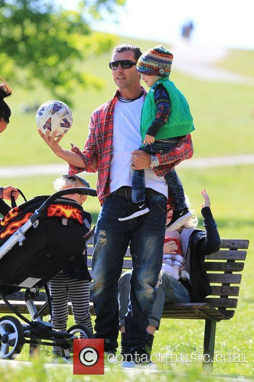 Gavin Rossdale Gwen Stefani out and about on...