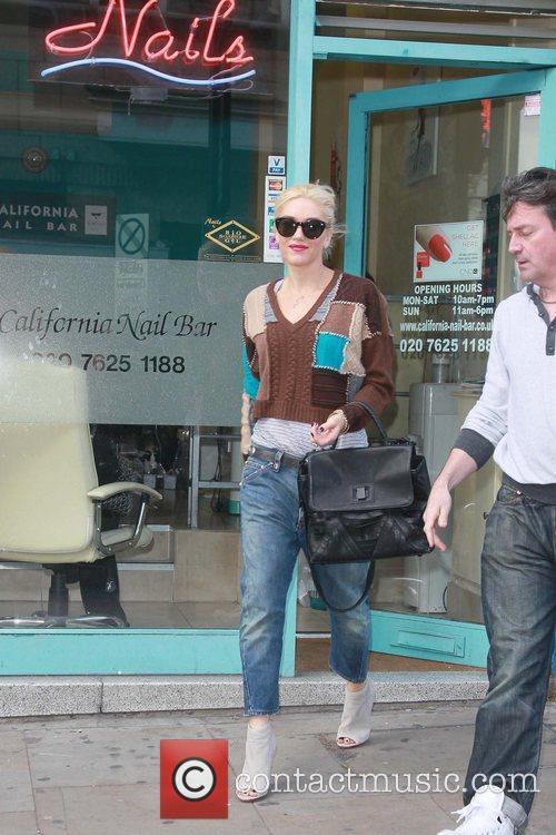 Gwen Stefani  leaving a nail salon London,...