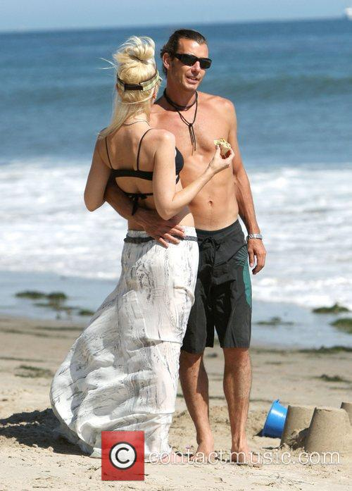 Gwen Stefani and Gavin Rossdale spend time with...