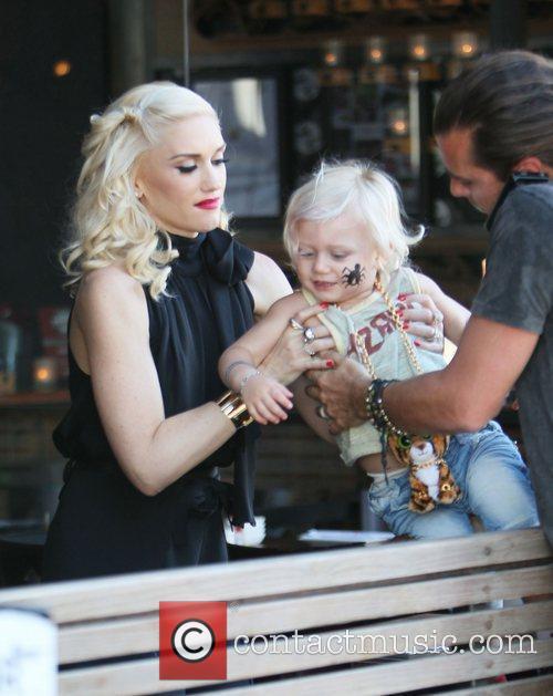 Gwen Stefani, Gavin Rossdale and Zuma Rossdale outside...
