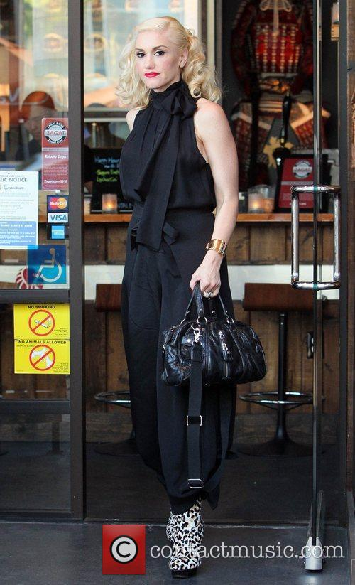 Gwen Stefani leaves Robata Jinya Japanese restaurant after...