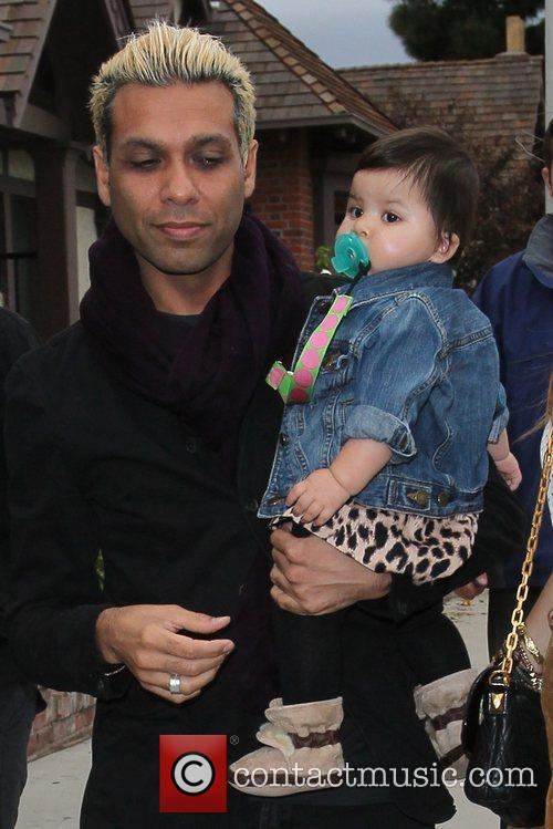 Tony Kanal and his family  Celebrities arrive...