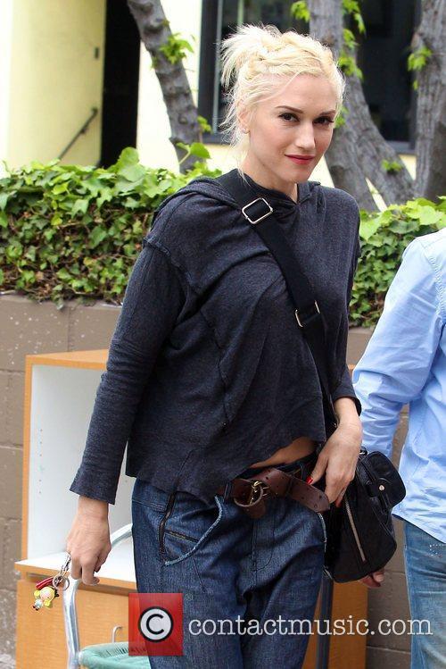 Gwen Stefani arrives at a nail salon in...