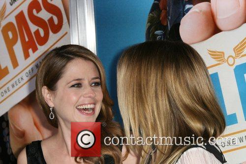 Jenna Fischer and Christina Applegate 7
