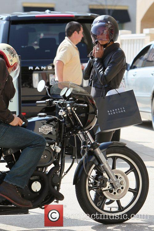 Halle Berry, Helmet and Olivier Martinez 24
