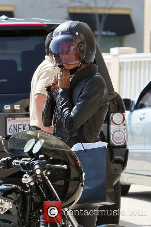 Halle Berry, Helmet and Olivier Martinez 25