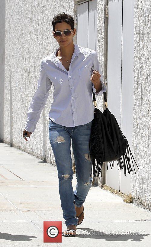 Halle Berry 17