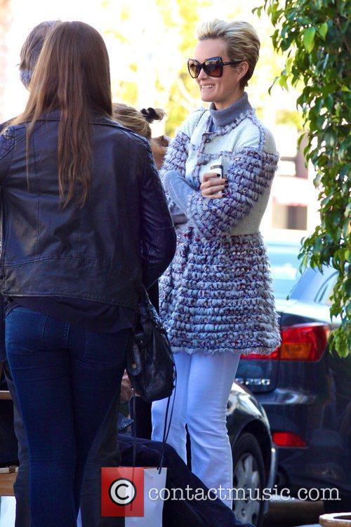 Laeticia Hallyday leaving a restaurant after having lunch...