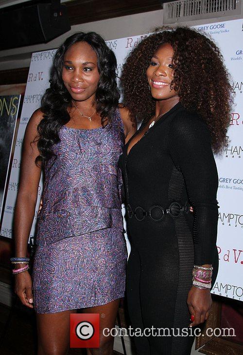 Venus Williams, Celebration and Serena Williams 5