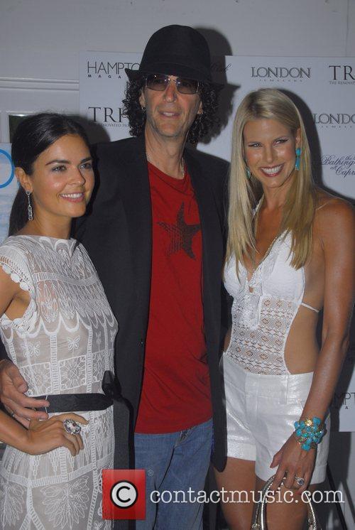 Katie Lee, Beth Ostrosky and Howard Stern 6