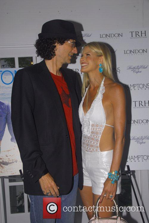Howard Stern and Beth Ostrosky 1