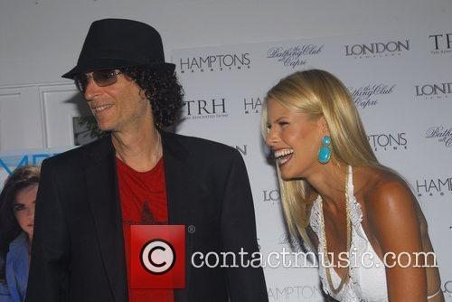 Howard Stern and Beth Ostrosky 5