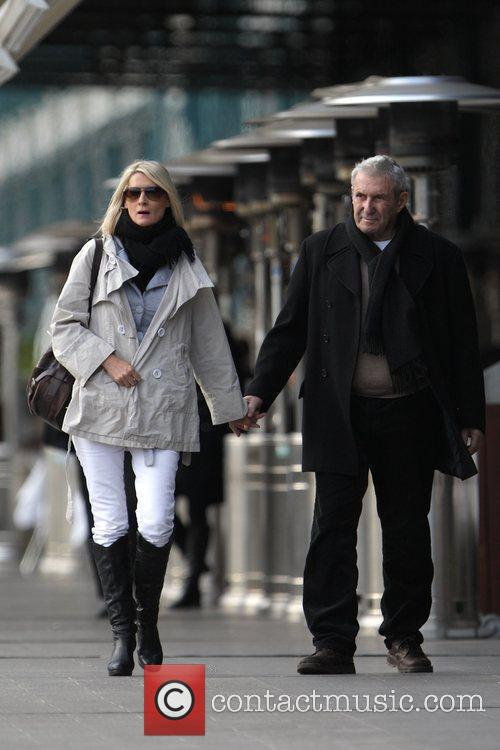 Australian entrepreneur walking with his wife in Woolloomooloo