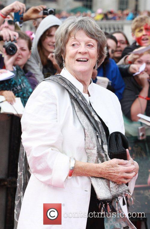 Maggie Smith - Wallpaper Gallery